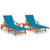 vidaXL Záhradné ležadlá 2 ks so stolíkom a s podložkami akáciový masív
